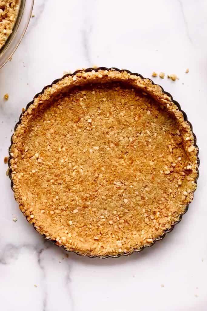 overhead shot of the pretzel crust